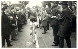 1964 Veldhoven winnaar André van Middelkoop Omlopp der Kempen (via Louis Schats)