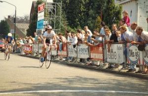 1990 Diessen. Leontien van Moorsel wint de 4de etappe in 't Molenheike (foto Gerard Wolfs)