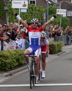 2010 Omloop der Kempen finish dames,3 Marianne Vos en Chantal Blaak