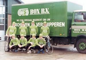 2014-04-12 Veldhoven 1986 TWC Tempo met clubsponsor Box 0601
