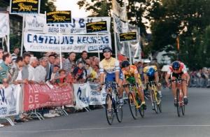 2014-05-09 Bergeijk 1996 Martijn Lust wint kermisronde (foto TvS)